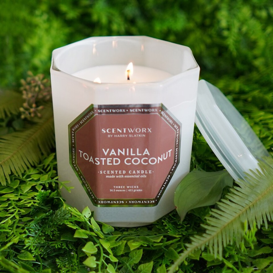 Scentworx Toasted Vanilla Candle in greenery