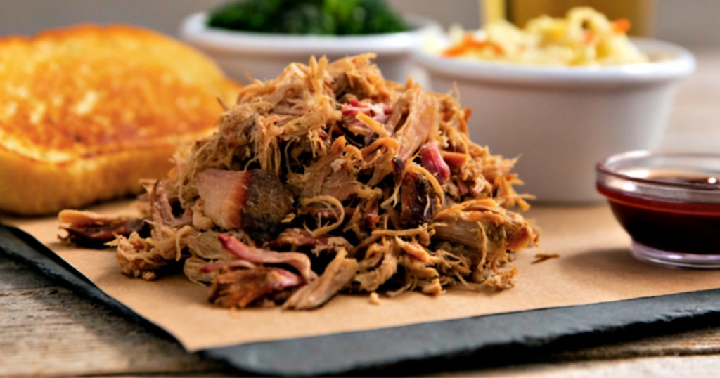 Smokey Bones Pulled Pork Platter up close