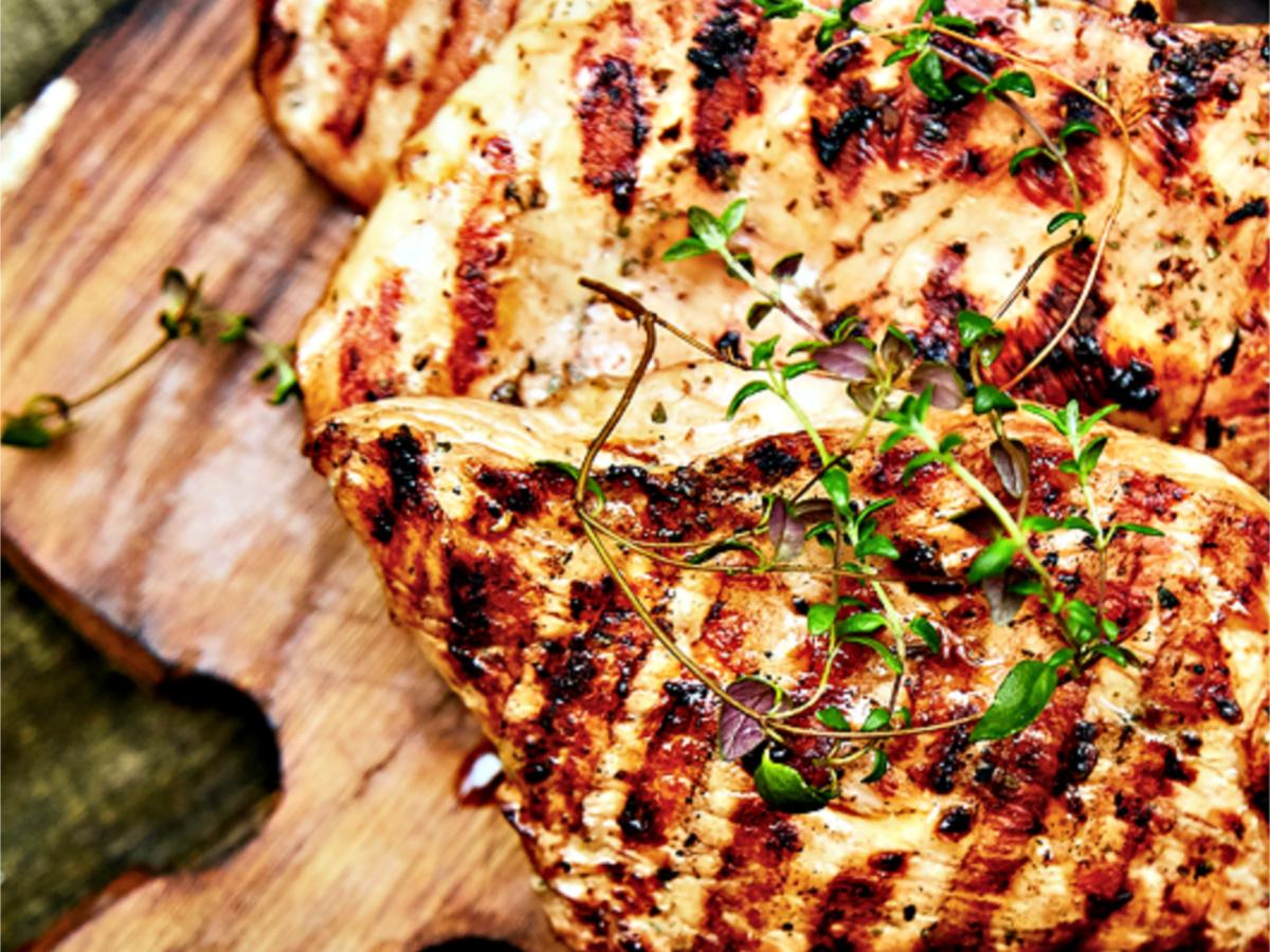 Smokey Bones chicken on cutting board