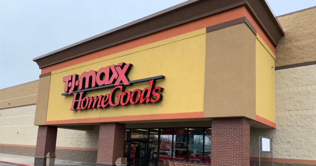 TJ Maxx and Homegoods store front