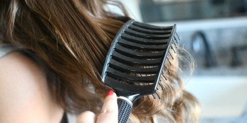 Have Tangled Hair? This Curved Hair Brush is the BEST Detangler!