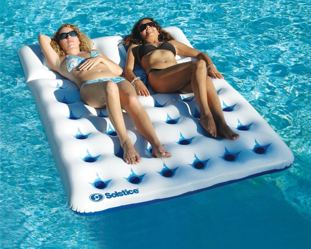 duo pool float