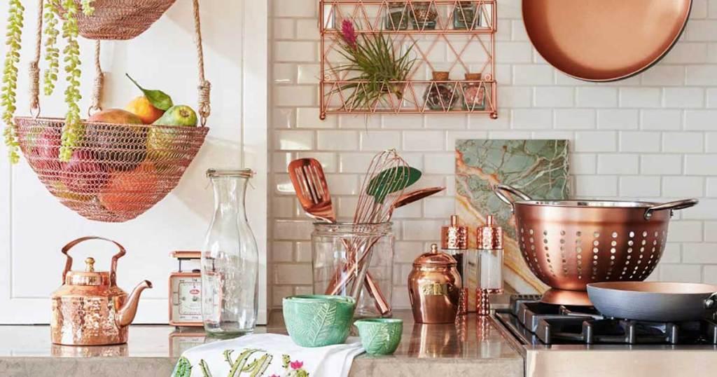 picture of copper kitchenware and dinnerware