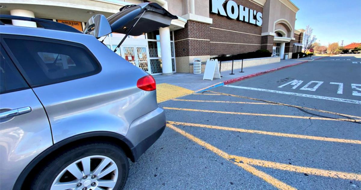 kohls curbside pickup car with trunk open