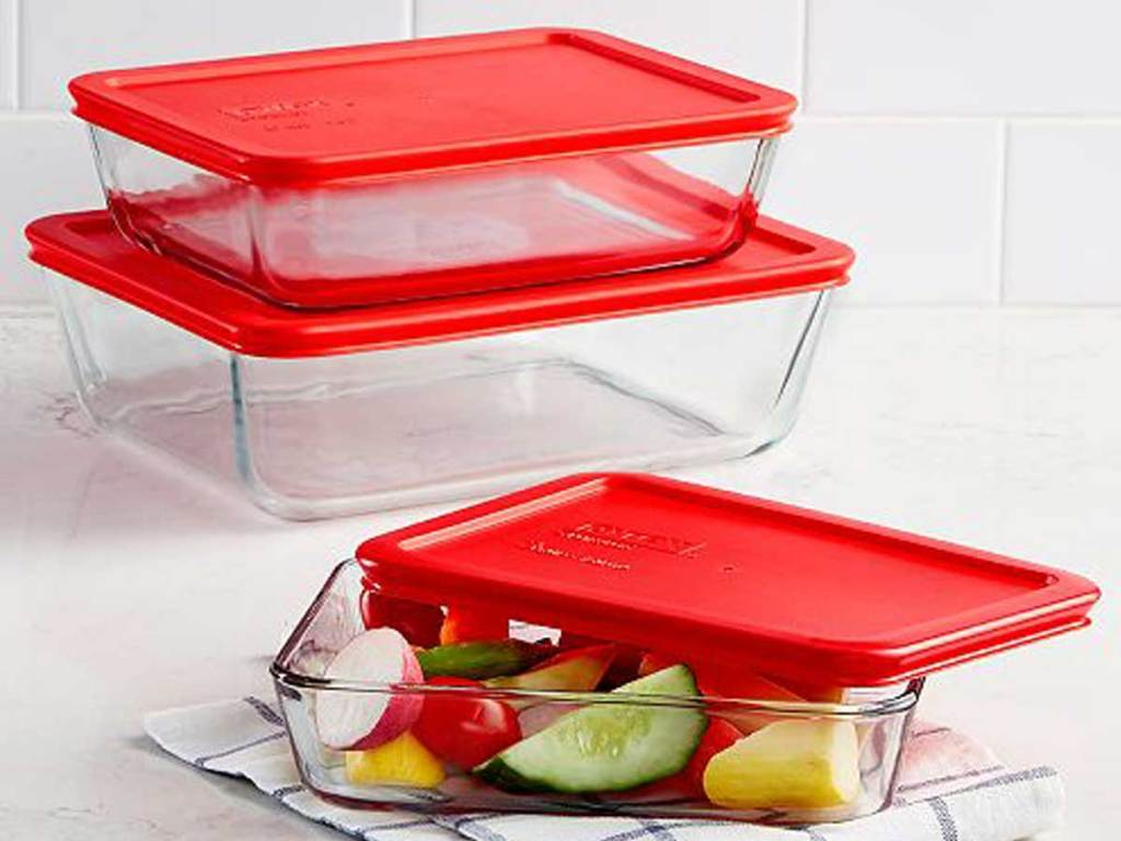six piece pyrex storage containers