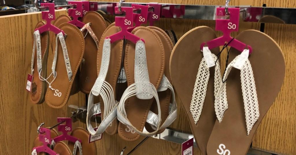 so sandals on rack at kohls