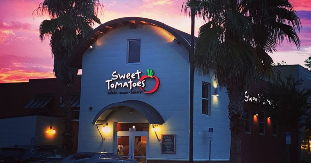 Sweet Tomatoes exterior at sunset
