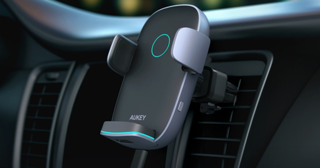 AUKEY Wireless Car Charger on vent in car