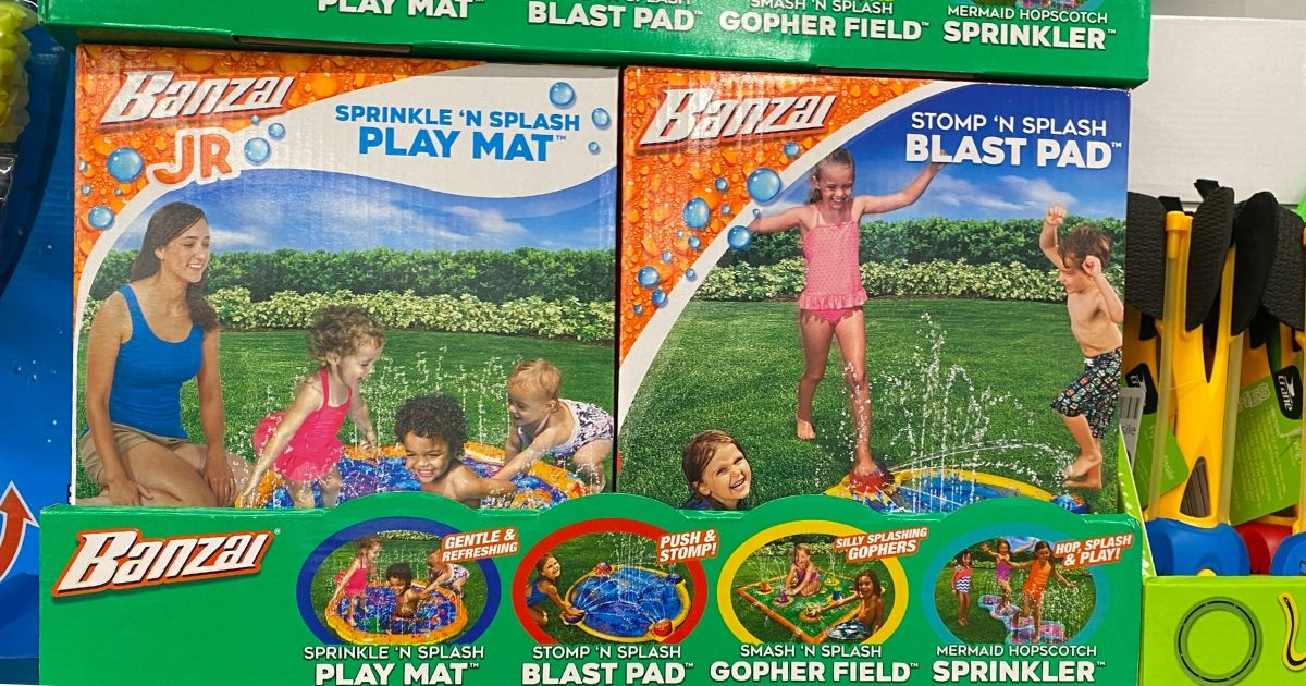 Box of Splash Pads