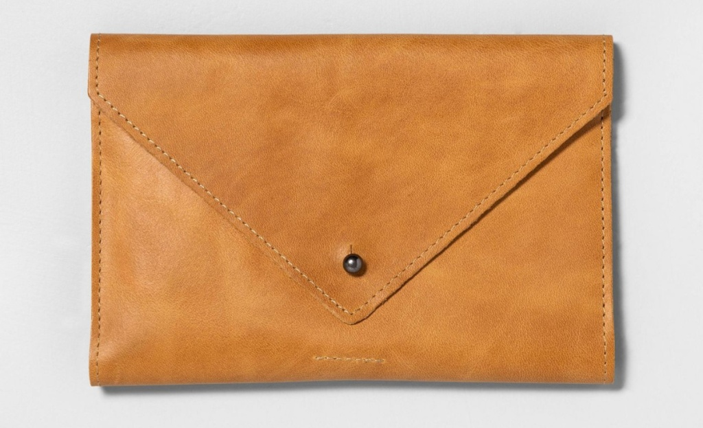 hearth and hand magnolia leather wallet in cognac