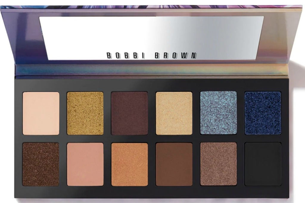 Multi-color eyeshadow palette