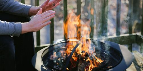 6 Fire Pits That'll Spruce up Your Backyard Without Blowing Your Budget
