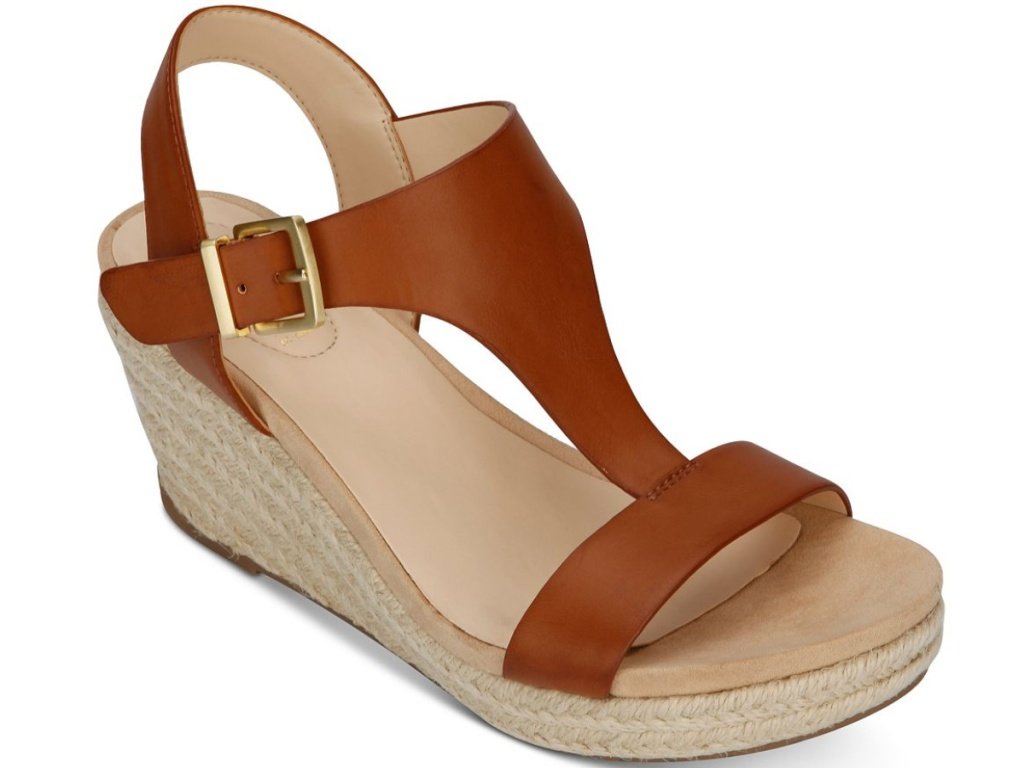 brown open-toed sandals with side buckle and wedge heel
