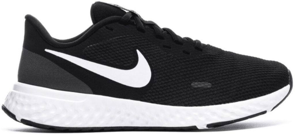 women's black and white nike revolution running shoes