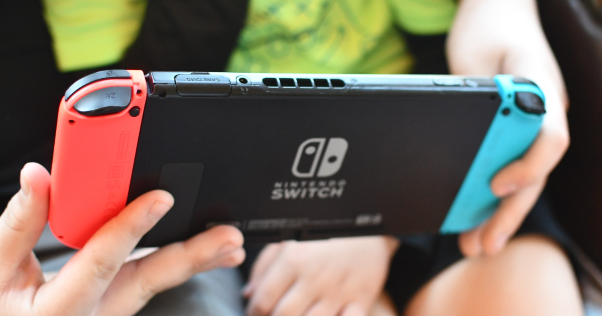Nintendo Switch Bundle Only 349 99 Shipped On Costco Com Over 400 Value Hip2save The nintendo switch™ console has multiple ways to get you and your family playing together! nintendo switch bundle only 349 99