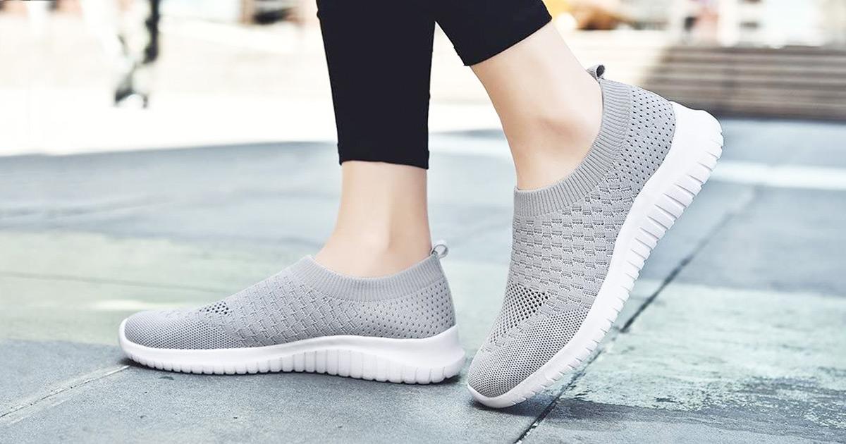 Tiosebon Women's Shoes AND Laundry Bag