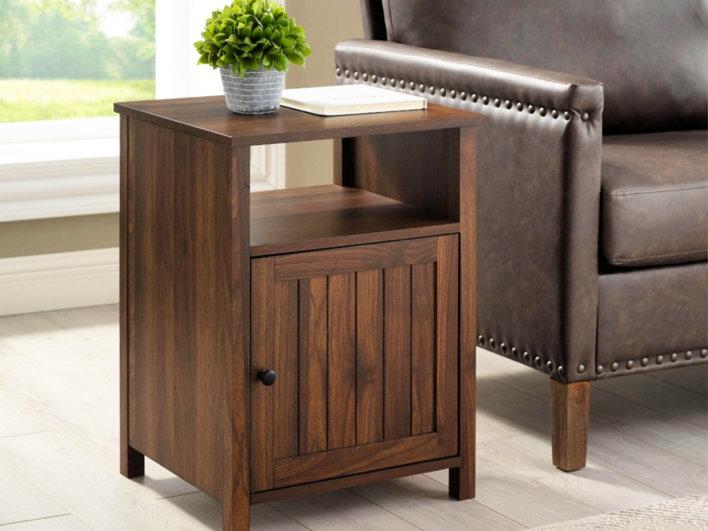 Welwick Designs Modern End Table With Open Shelf and 1-Door