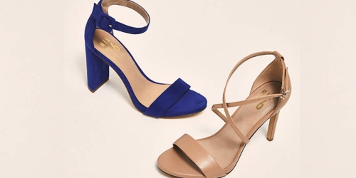 Women's Sandals Only $12.99 Shipped (Regularly $40) | Comes w/ FREE Crossbody Bag