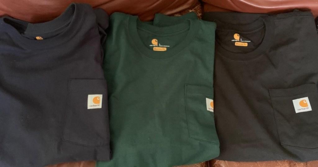 3 Carhartt t-shirts