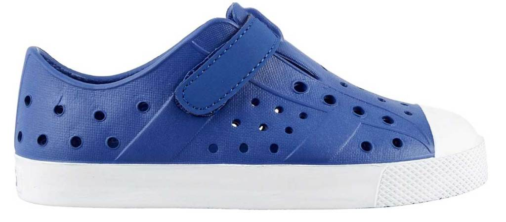 kids dark blue shoe