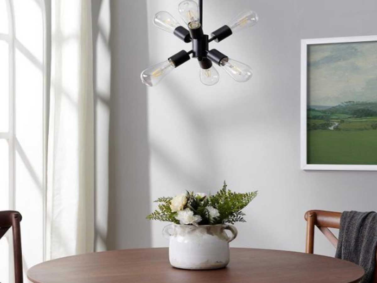 nonni pendant lamp with six bulbs in dining room