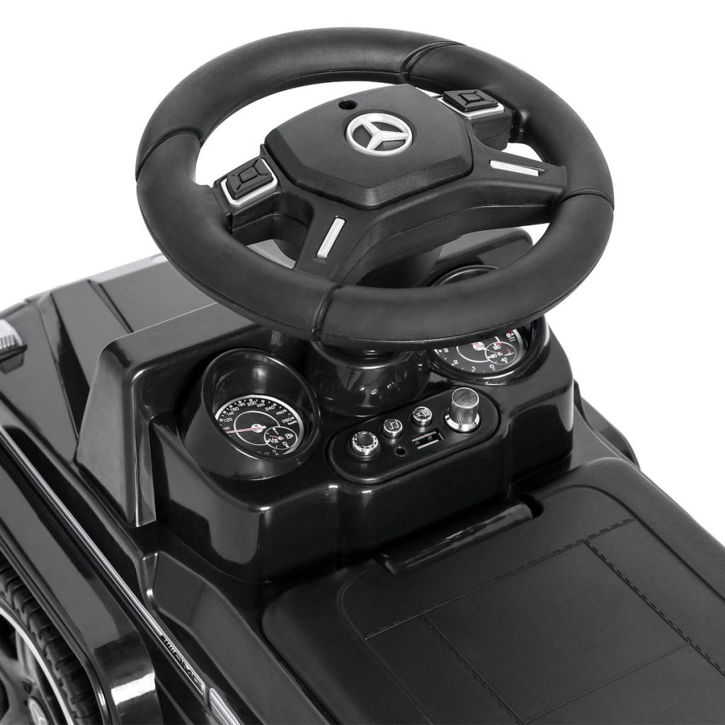 mercedes car steering wheel area