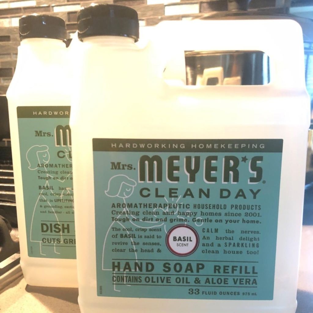 2 Mrs. Meyer's Clean Day soap refills
