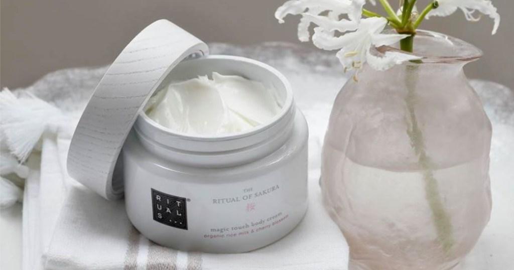 Free Ritual of Sakura Magic Touch Body Cream Sample