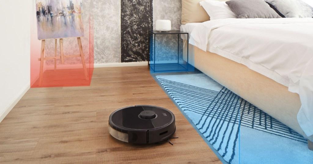 roborock robot s% vacuum and mop in bedroom