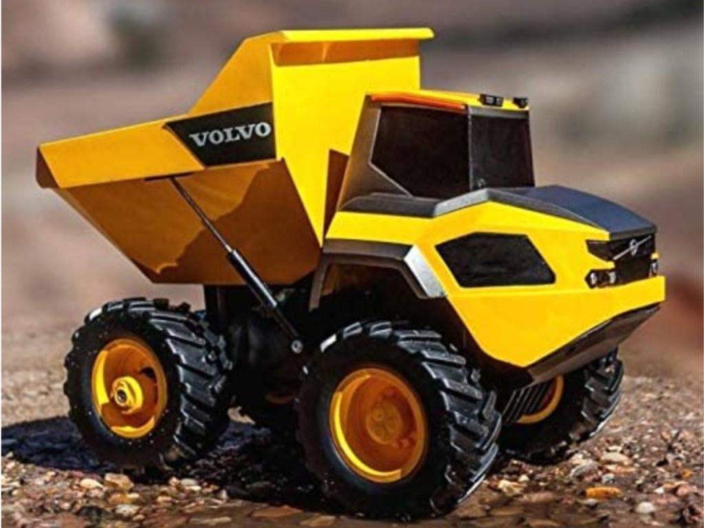 yellow Volvo dump truck