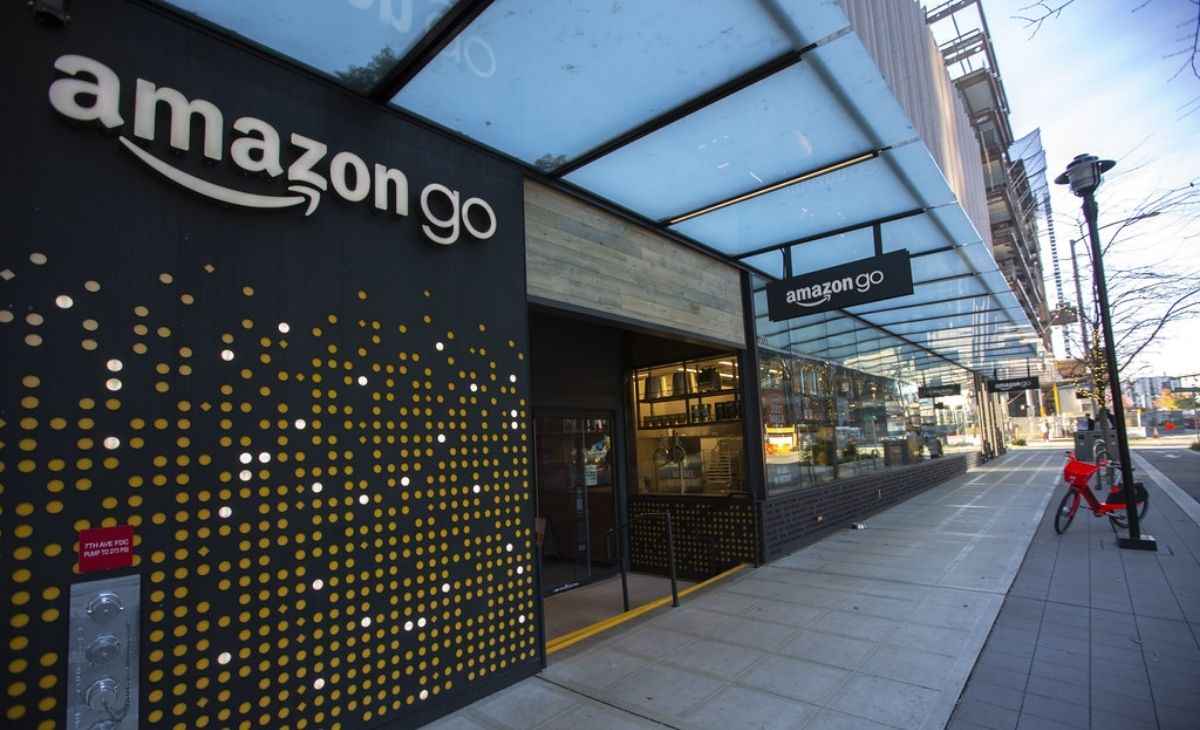An Amazon go physical storefront