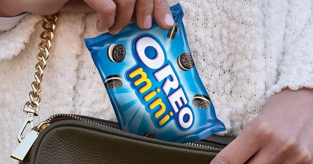 oreo mini bag going into purse
