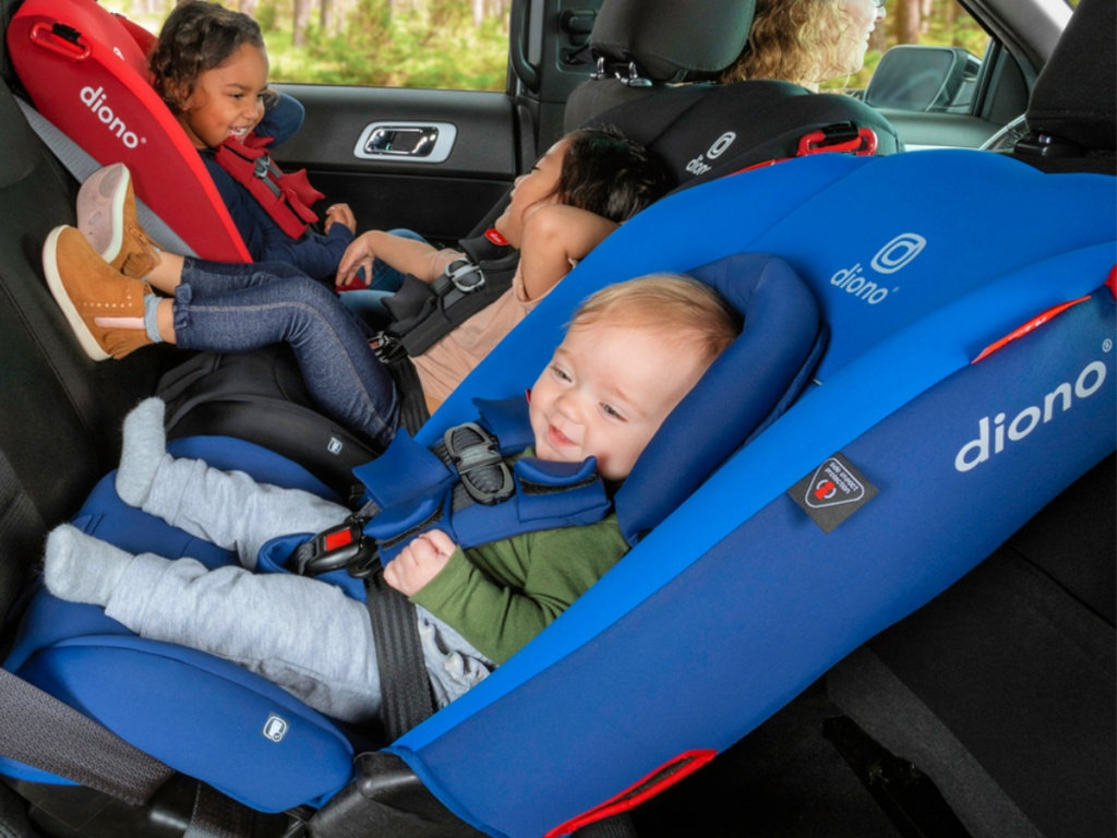 Diono Radian 3RX car seats in car with kids