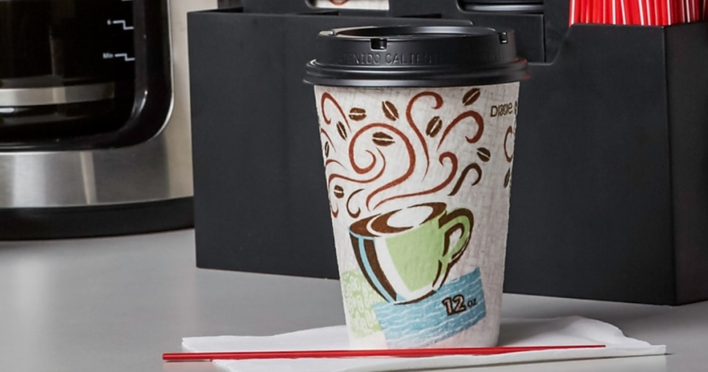 Dixie brand disposable cups with lids