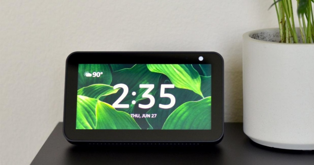 echo show 5 on table with plant
