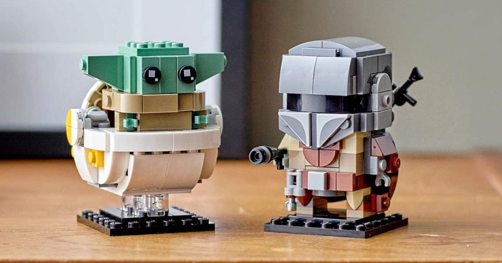 put together LEGO BrickHeadz Star Wars The Mandalorian & The Child