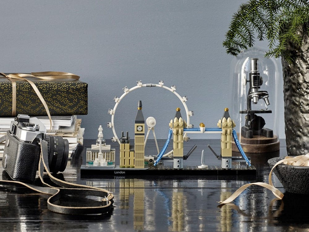 LEGO London set built on tabletop