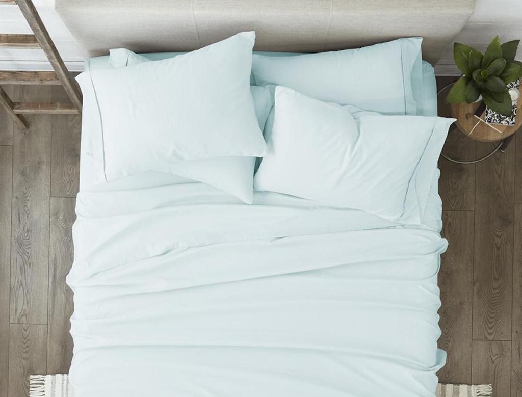 light blue sheets on twin size bed