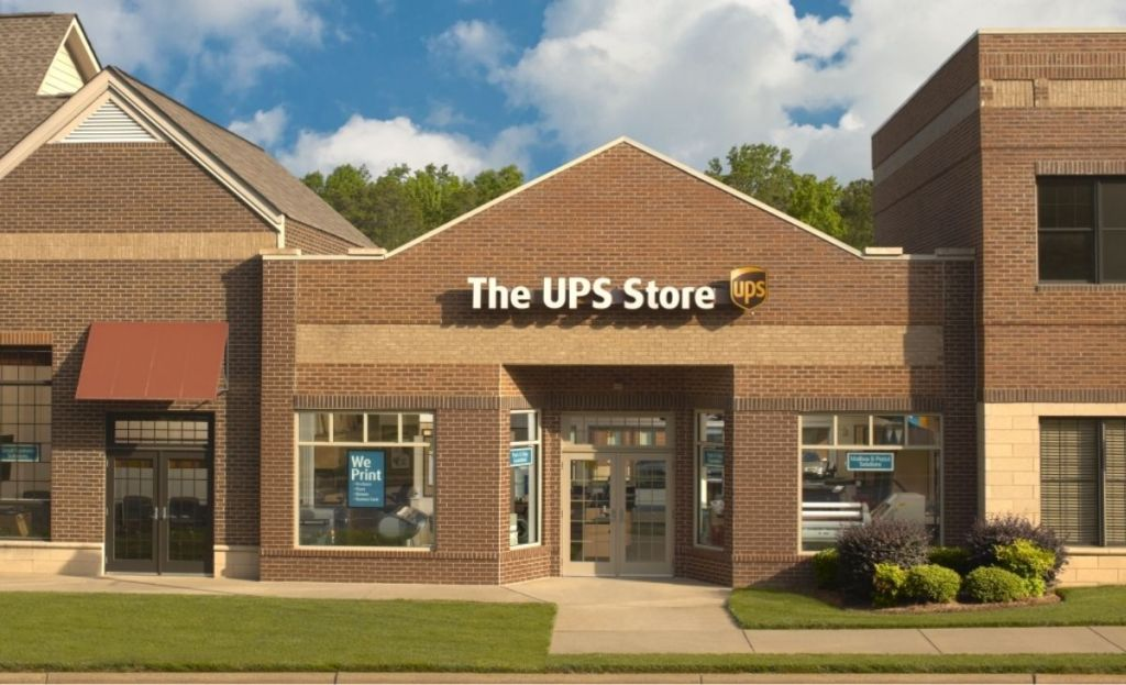 A UPS storefront