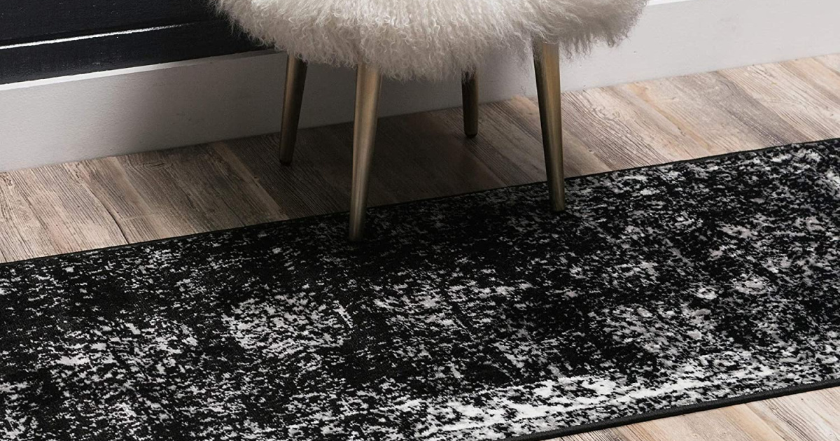 unique loom sofia runner black with stool