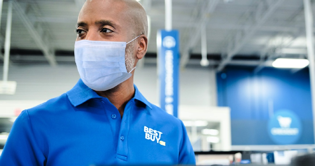 best buy employee wearing face mask at store