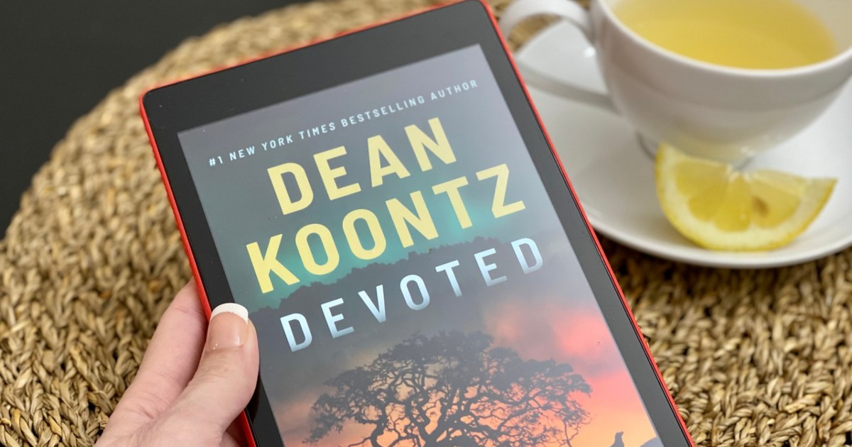 kindle showing cover of Devoted by Dean Koontz