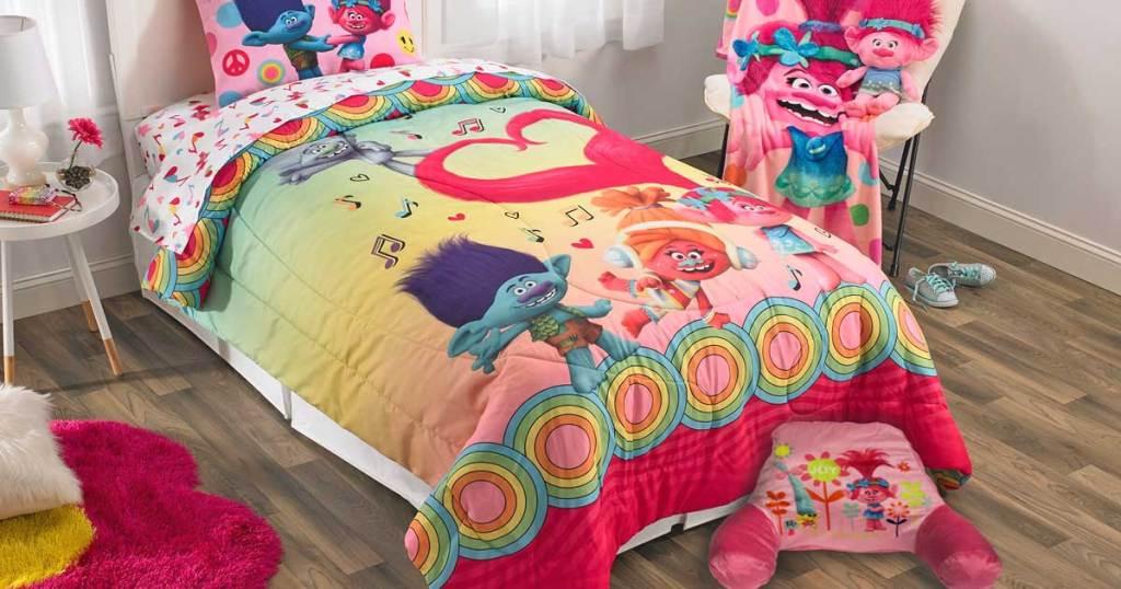 dreamworks troll bedroom