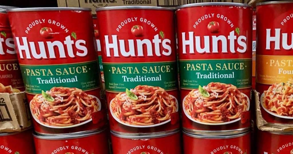 hunts pasta sauce on display