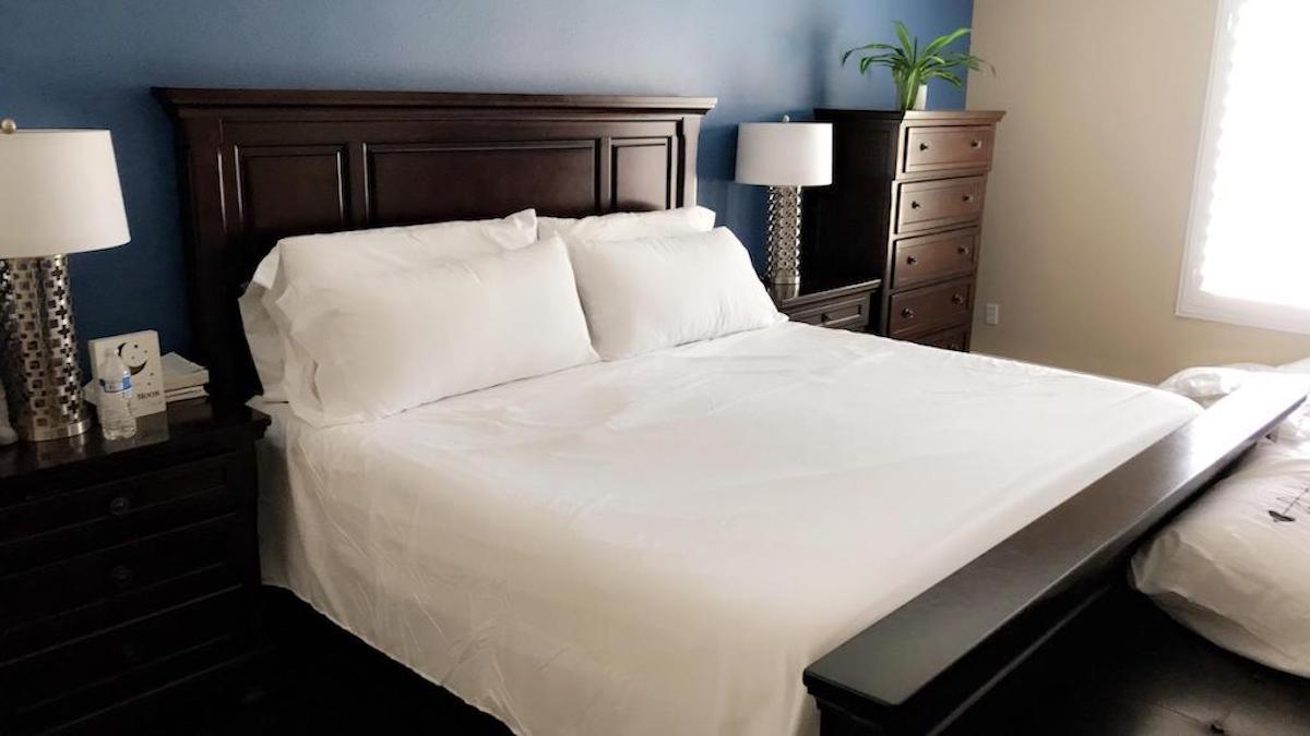 Picture of: 5 Best Cooling Bed Sheets To Keep You Comfy All Year Long Hip2save