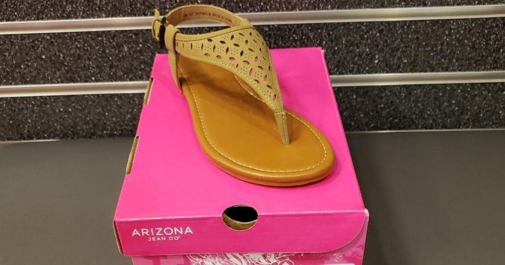 Arizona Women's Sandals on shoebox