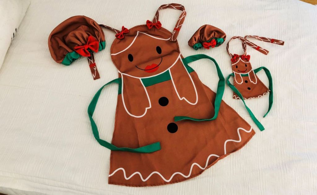 matching apron for kids and doll