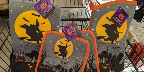 Halloween Oven Mitts, Pot Holders & Kitchen Towels Just $1 at Dollar Tree