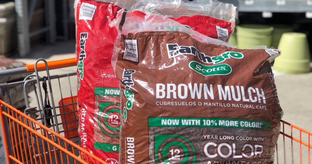 brown and red shades of earthgro mulch in Home Depot shopping cart