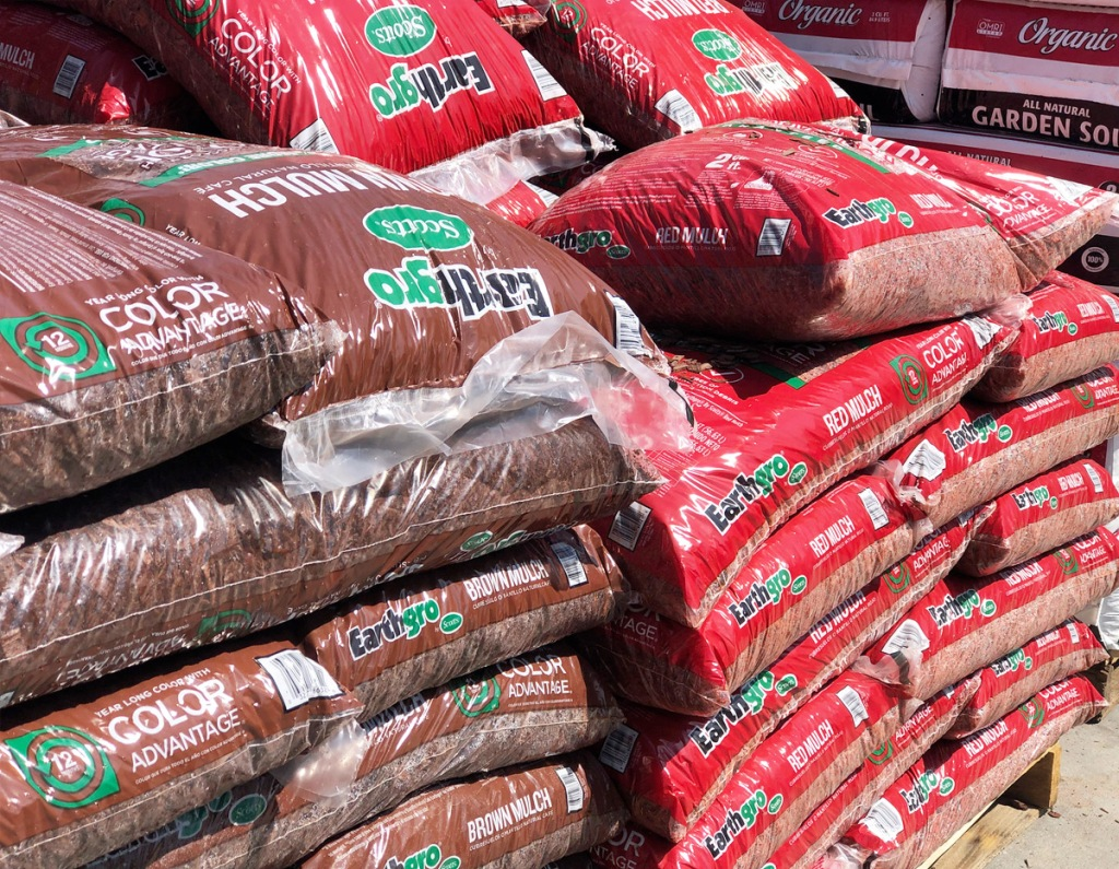 brown and red shades of earthgro mulch bags at Home Depot